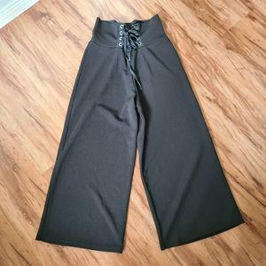 Miss Valley 8 Black Highwaist Drawstring Pants